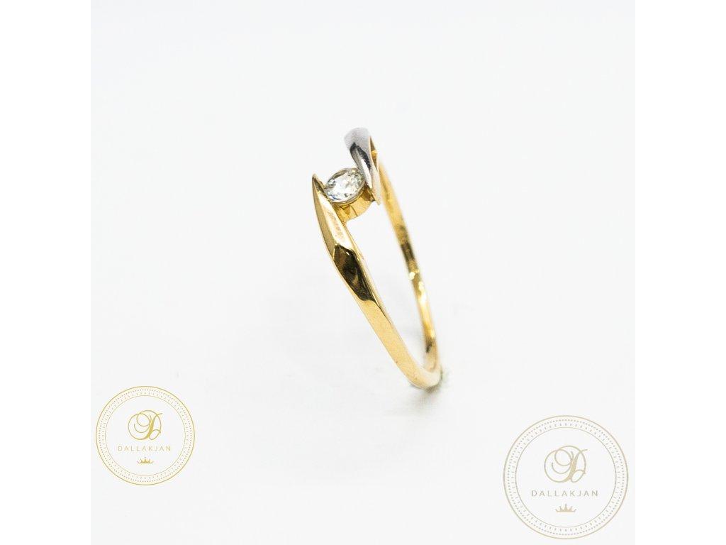 Dámský zlatý prsten ze žlutého zlata zdobený zirkonem (Velikost 54)