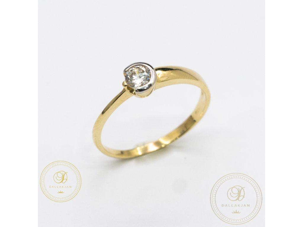 Decentní Dámský prsten zdoben zirkonem (Velikost 56)