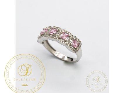 Krásný dámský prsten z bílého zlata a zdobený zirkonem (Velikost 56)