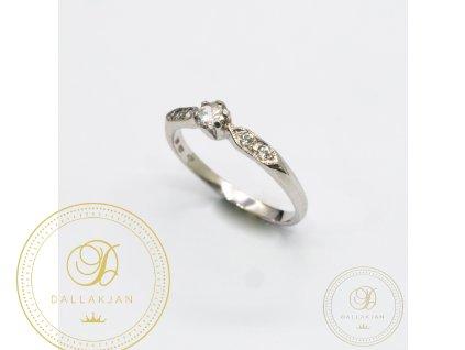 Zásnubní prsten z bílého zlata se zirkonem (Velikost 55)