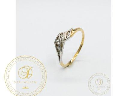 Dámský zlatý prsten kombinovaný s bílým zlatem zdobený zirkonem (Velikost 58)