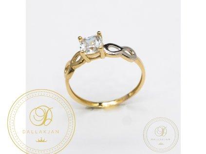Jemný zásnubní prsten zdobený zirkonem a kombinovaný bílým zlatem (Velikost 57)