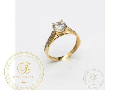 Zásnubní prsten ze žlutého zlata zdobený zirkonem (Velikost 54)
