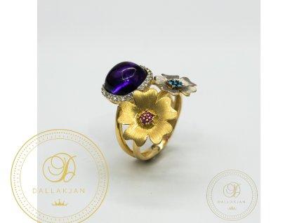 Krásný dámský prsten ze žlutého zlata zdoben zirkonem (Velikost 57)