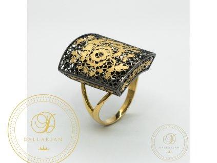 Krásný dámský prsten ze žlutého a černého zlata (Velikost 61)
