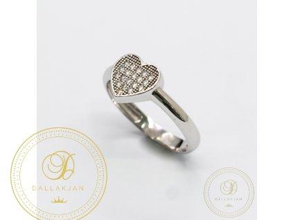 Krásný dámský prstýnek se symbolem srdíčko (Velikost 53)