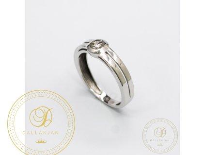 Dámský decentní prsten z bílého zlata zdobený Zirkonem (Velikost 54)