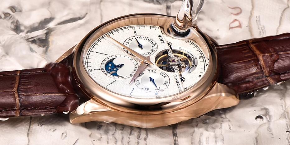 Jaká kůže se používá na výrobu hodinkových řemínků?