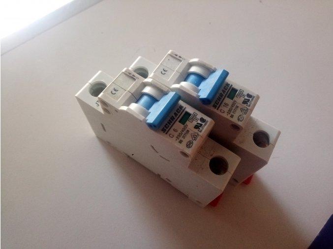 1F jistič jednofázový SCHRACK 1P C MCB 230/400