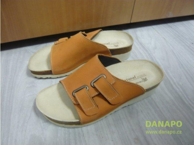 29938 damske pantofle obuv oranzove natural product 36