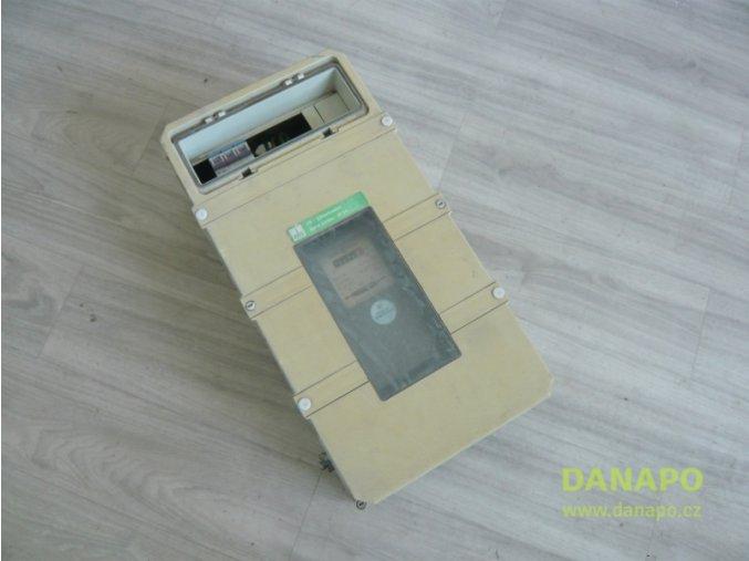 31576 elektricky rozvadec skrin s podruznym elektromerem