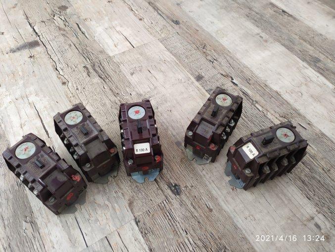 Jistící nadproudové relé R100A 500V 660V UVW ABC 1,3,5