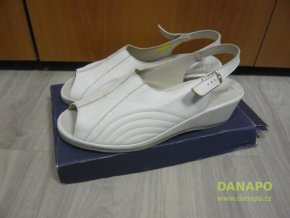 29941 damske pantofle sandale boty celizia bile 42