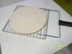 32386 kamen na pizzu pecici kruhovy s rostem a madlem