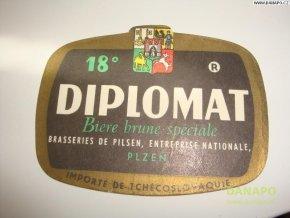 37054 pivni etiketa diplomat 18 plzen