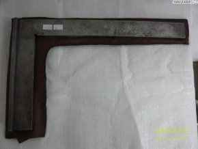 38140 prilozny plochy uhelnik ocelovy se zakladnou zvl