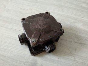 Stará bakelitová krabice SEZ ACIDUR 6455-12 černá
