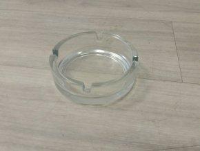 Průhledný skleněný popelník o 105mm