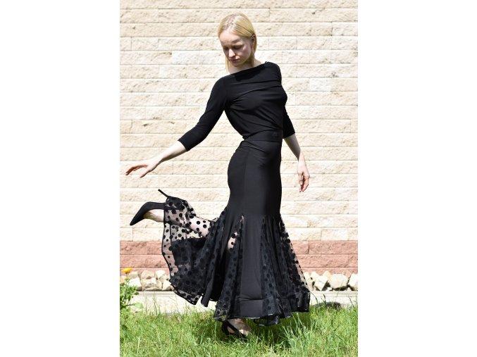 Taneční šaty dlouhé