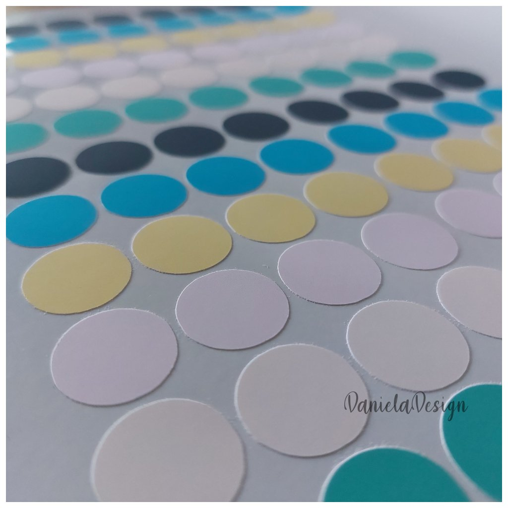 kolecka samolepici barevne