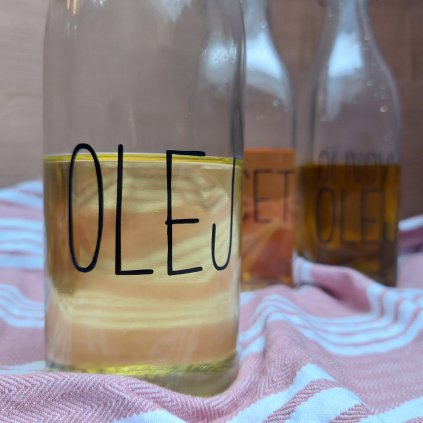 vodeodolne samolepky na lahve