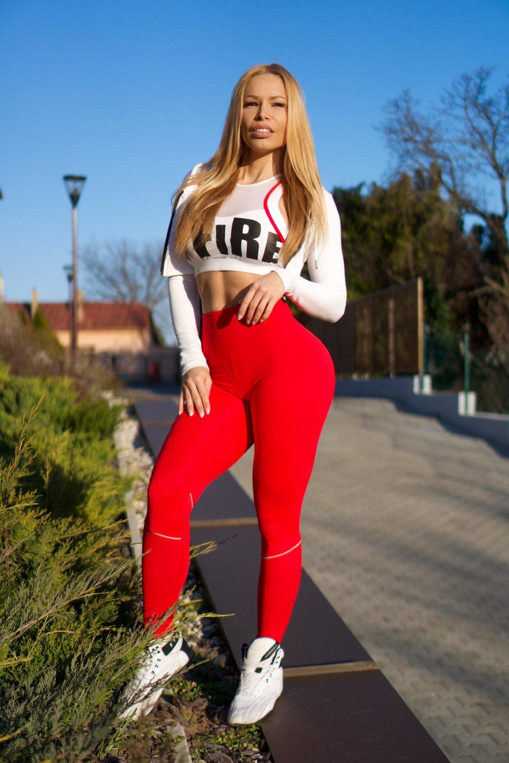 Infinity red leggings 1