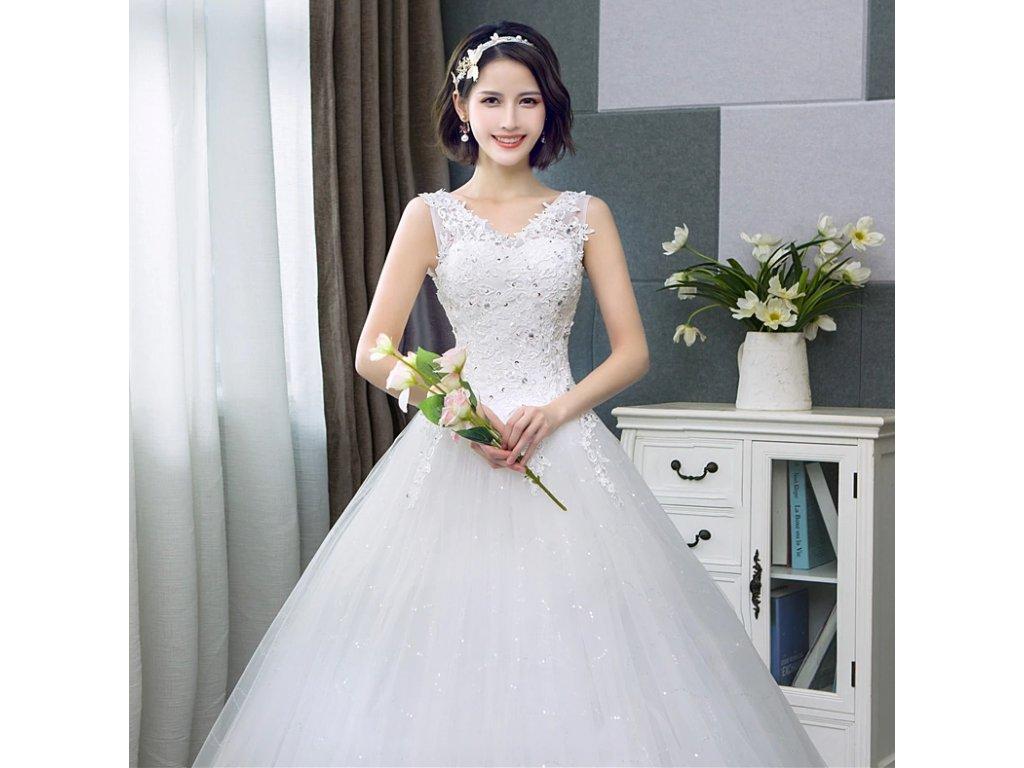 svatební šaty s