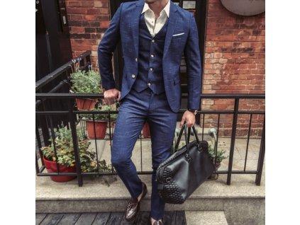 oblek 4