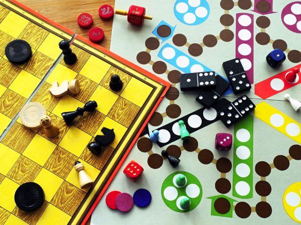 Společenské hry pro dospělé