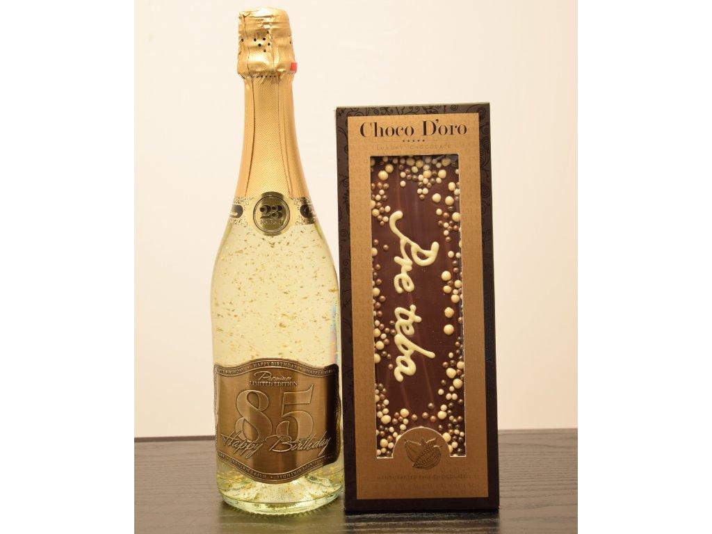 Šumivé víno so zlatými lupienkami Happy Birthday 85 + čokoláda Pre teba