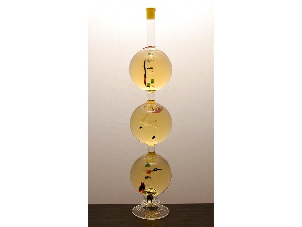 Vínna studňa s figúrou 3 guľe - poľovník