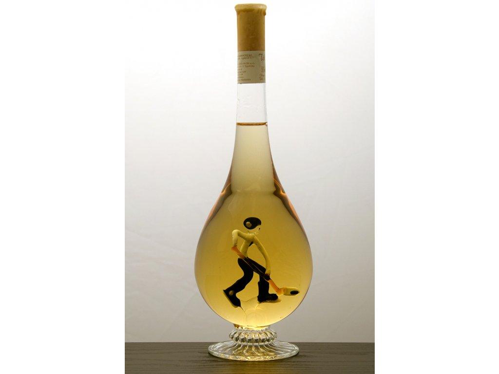 Ozdobná fľaša kvapka v nej figúra - hokejista