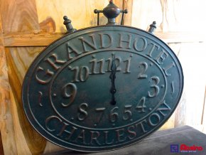 Kovové Hodiny Grand Hotel Charleston 81x73 cm + uško, 96,00€, 142591TRE