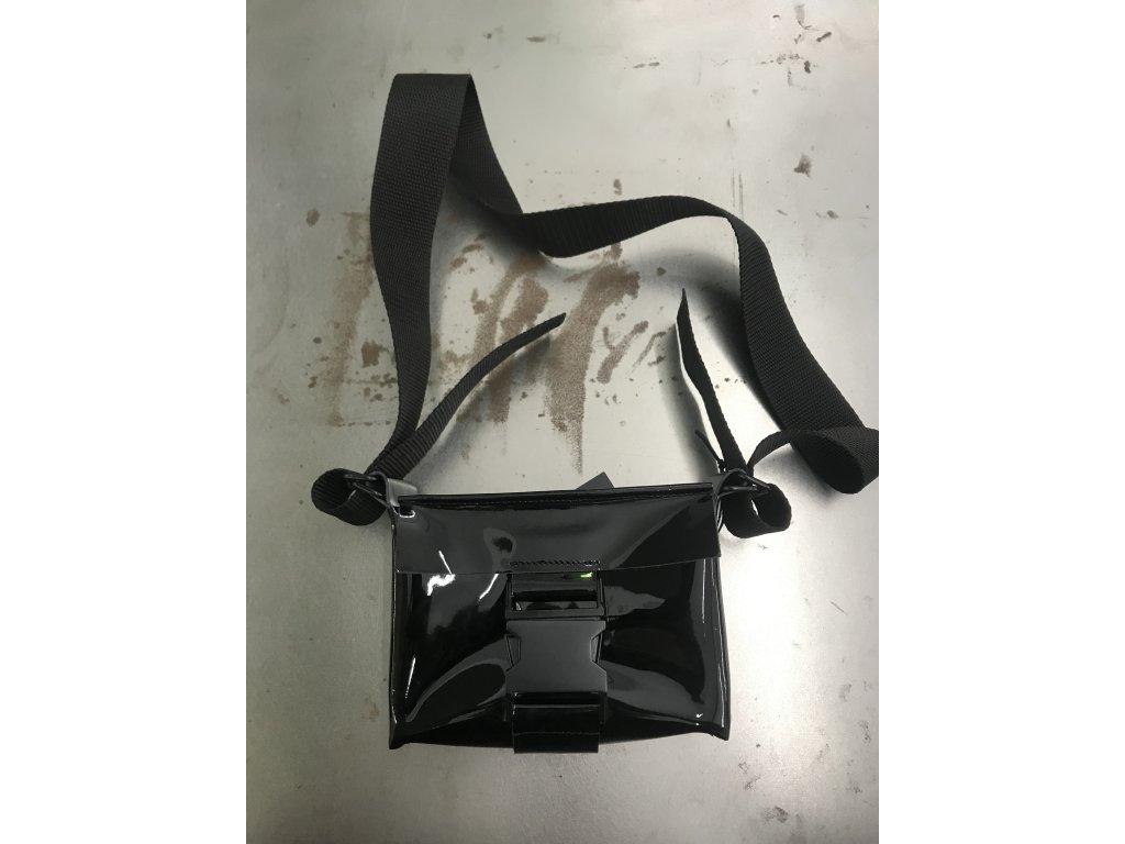 tny.3 kabelka / ledvinka Waistbag Small - kožená černá lesklá