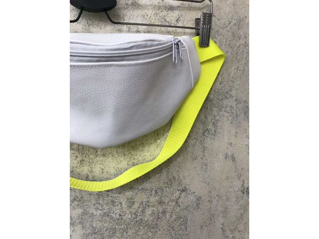 PRINCESS TIRAMISU Ledvinka - bílá koženková s žlutým neonovým popruhem