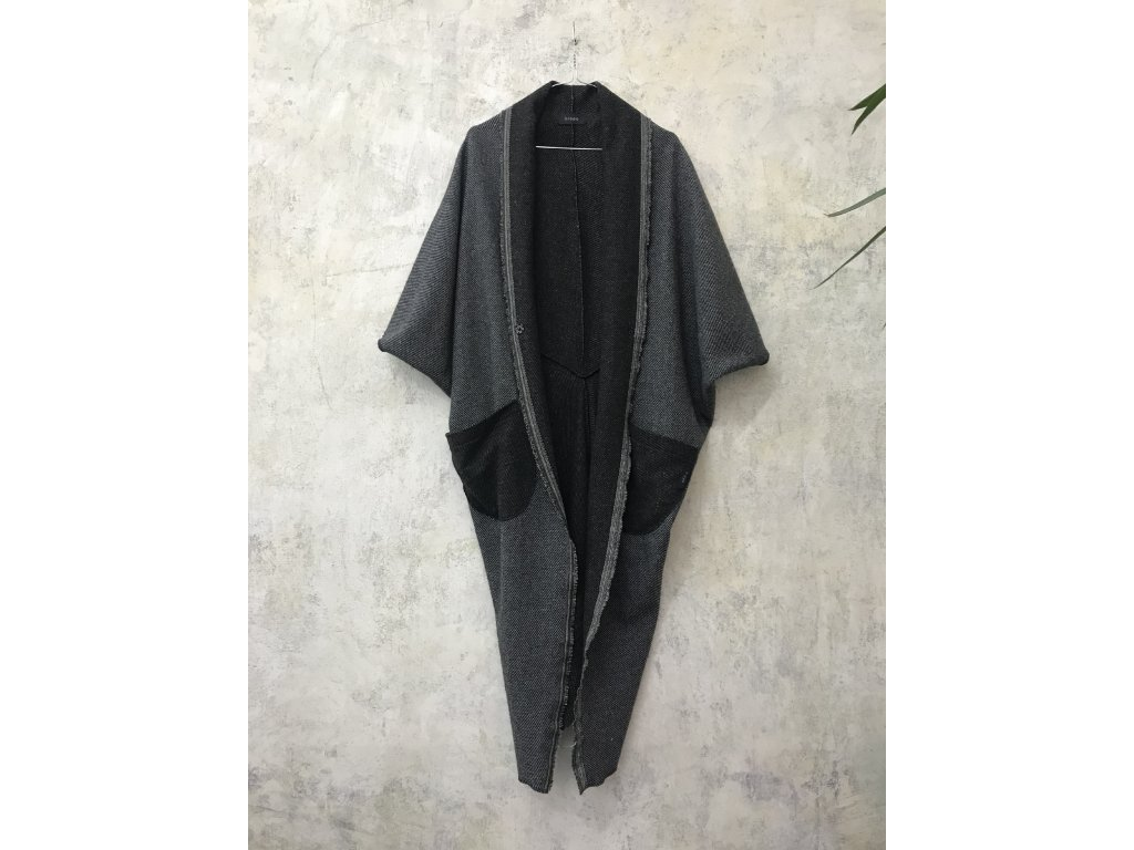KRAPA svetr / kabátek / přehoz zapínací šedý pruh / 17.