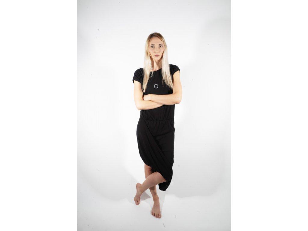 ARTGI šaty černé elastické zlatý puntík + minipuntík