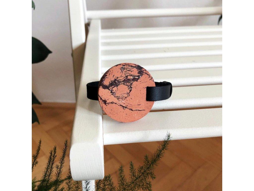 UMMA tenký kožený náramek / černý s oranžovým mramorem