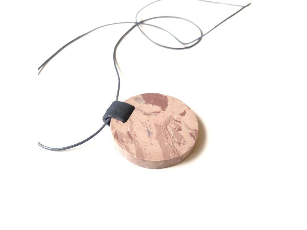 UMMA náhrdelník s růžovým mramorem a šedou kůží