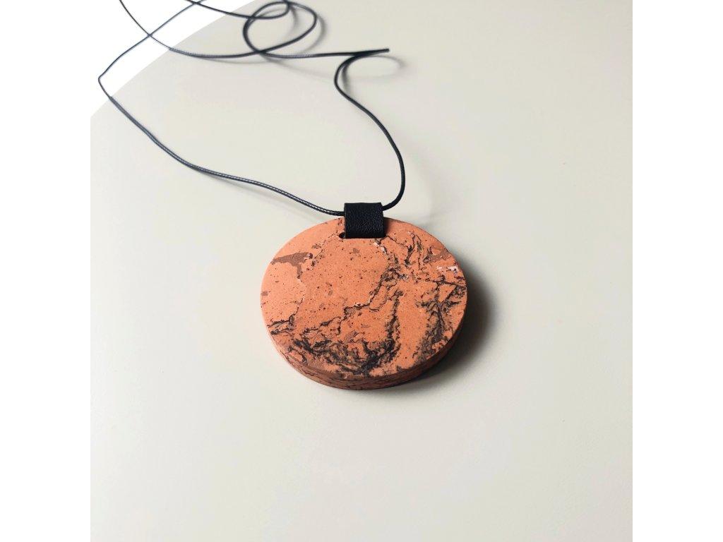 UMMA náhrdelník s oranžovým mramorem a černou kůží