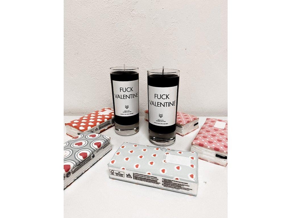 Things by E. - IRONIC CANDLES - malá svíčka - FUCK VALENTINE / černá