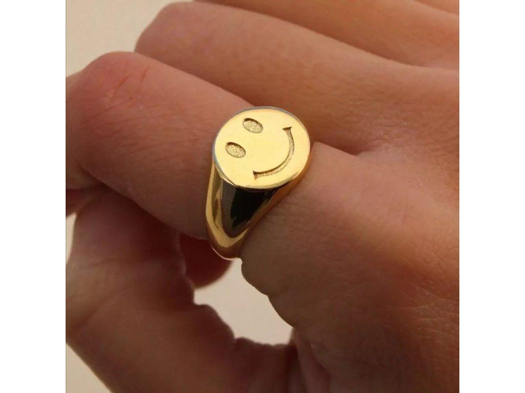 SMILEY FACE - zlatý prsten s motivem smajlíku