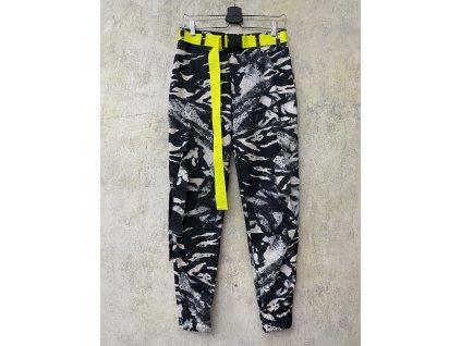 PRINCESS TIRAMISU černobílé žíhané unisex kalhoty kapsáče s neonovým žlutým páskem