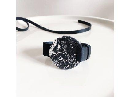 UMMA široký kožený náramek / černý s černobílým mramorem