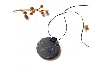 UMMA náhrdelník s černým žíhaným mramorem a černou kůží