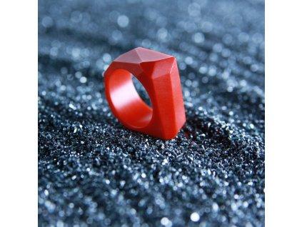 Luba Bakičová - broušený prsten ze skla / RED geom