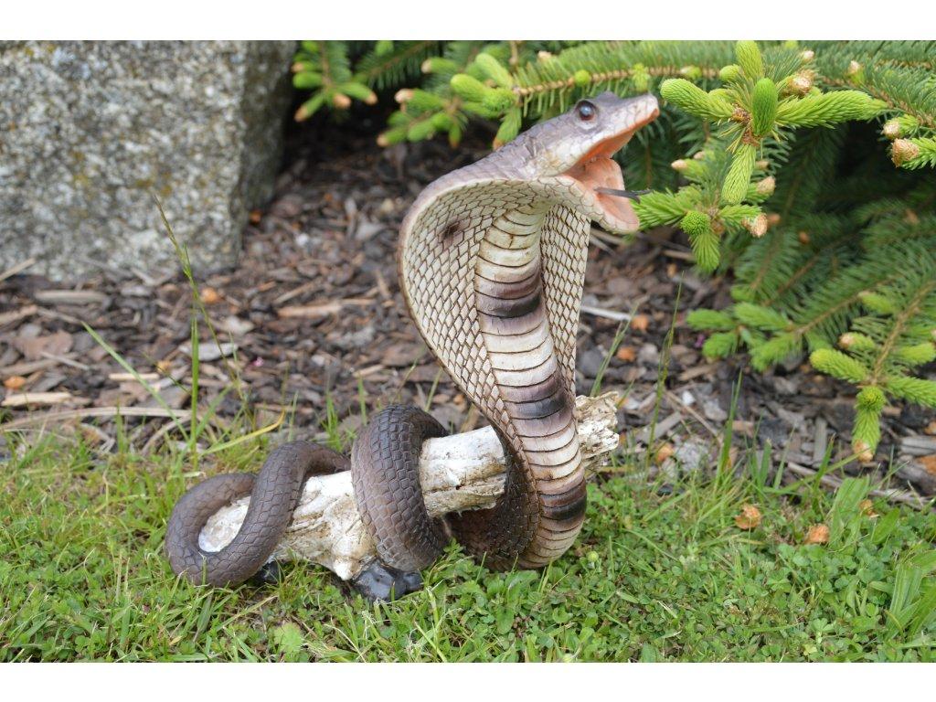 Zahradní figurka kobra