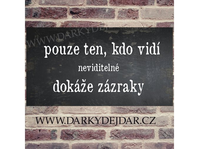 cedulka s českým nápisem