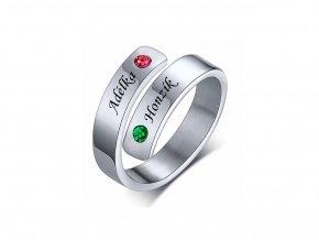 Ocelový prstýnek s kamínky (červená, zelená)