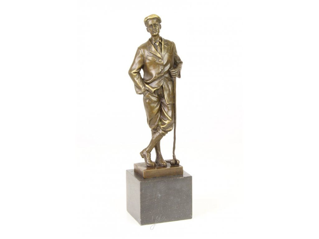 Bronzová soška golfista